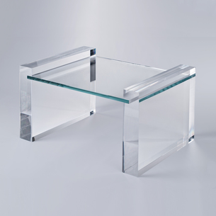 Acrylic Coffee table with a neat combination of acrylic & glass