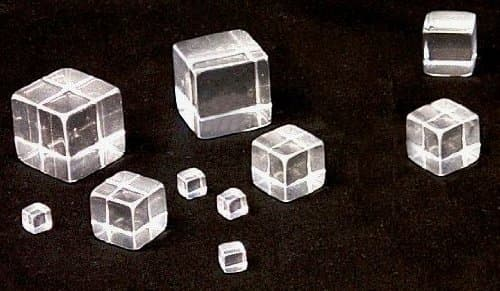 1″ Solid Clear Acrylic Cubes