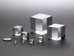 2.50″ solid acrylic cubes